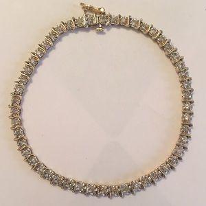 Jewelry - 14k and Diamond bracelet