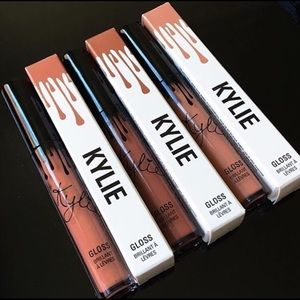 NEW KYLIE JENNER COSMETICS GLOSSES!! 💄✨