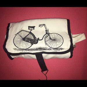 Bicycle travel bag