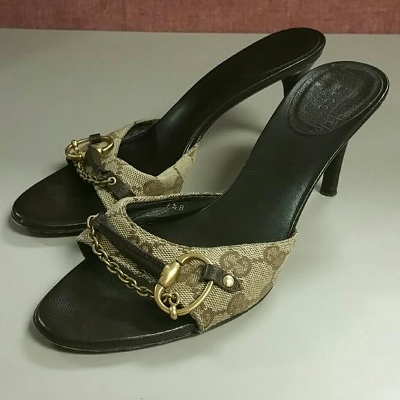 a3dec8d2ec92 Gucci Shoes - Gucci Brown GG Logo Heel Sandals Size 7.5