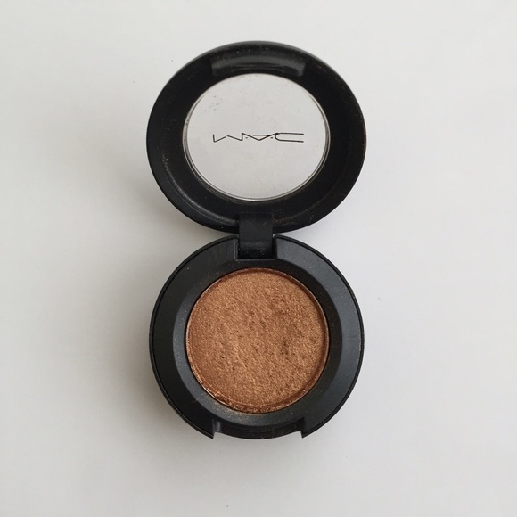 🎉SALE🎉 MAC Amber Lights Frost Eyeshadow