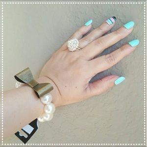Cute Bow Faux Pearl Bracelet