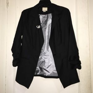Black blazer with cute detailing