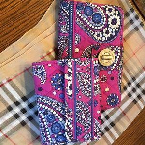 VERA BRADLEY wallet set