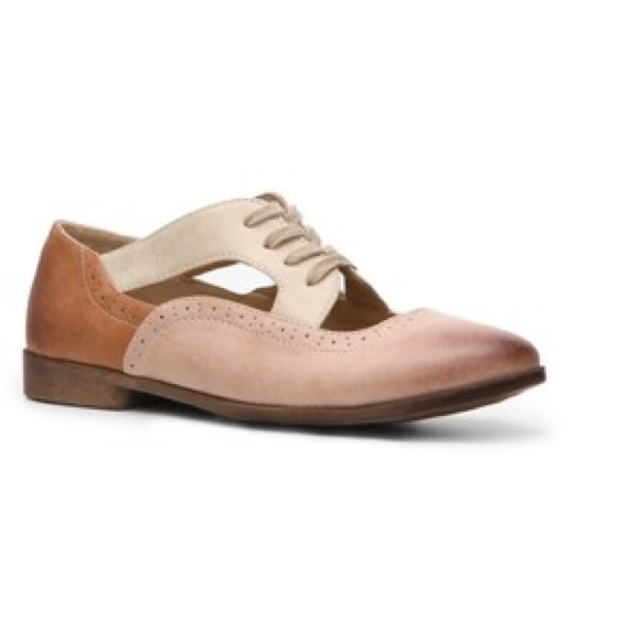 70 restricted shoes restricted oxfords from emily s