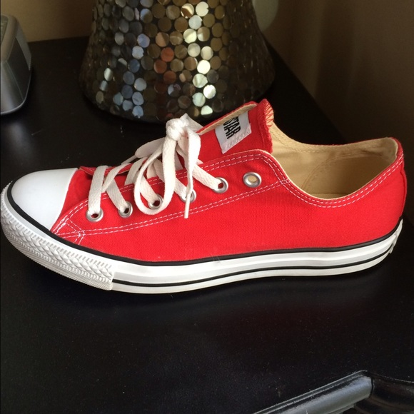 d9ycvavb outlet red converse womens size 10. Black Bedroom Furniture Sets. Home Design Ideas