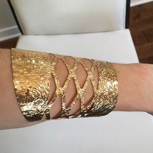 Jewelry - Gold Color Cuff.