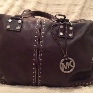 Michael Kors Bags - SALE 🌟Michael Kors Astor Handbag💜💜💜 58afe81a9708