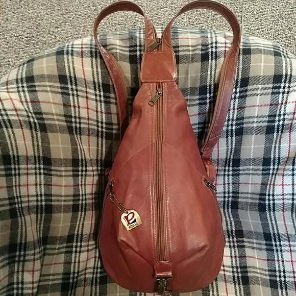 79 Off Piel Leather Handbags