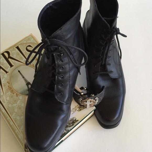 la canadienne lace up boots