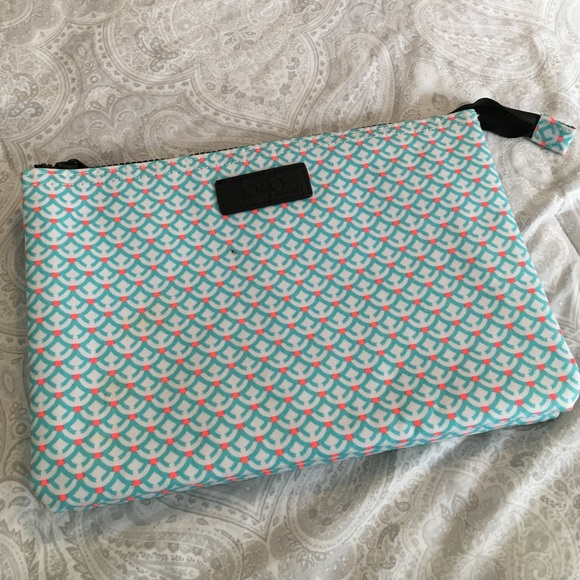 b41652f3aa7b Jo   Jo Australia Handbags - Jo   Jo Australia Cosmetic Bag