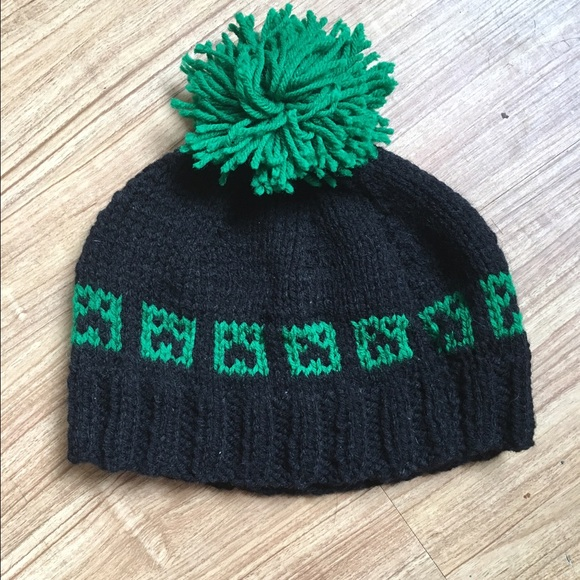 Toddler minecraft creeper knit hat. M 57094b47f0137d16f402bfa0 80377aef834