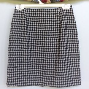 Petite Sophisticate Dresses & Skirts - Petite Sophisticate Hounds Tooth Skirt