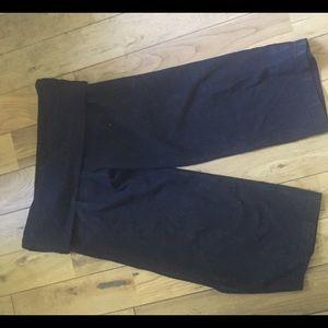 lululemon athletica Pants - Lululemon crop yoga pants