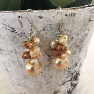 Jewelry - Pearly Earrings