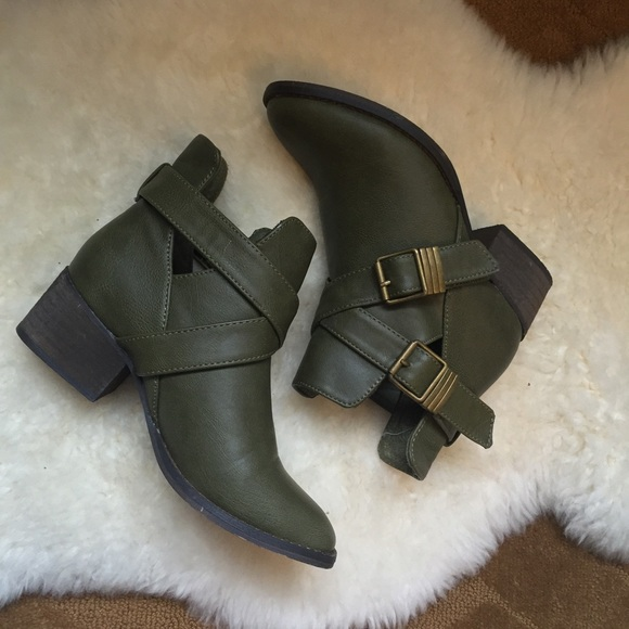 Breckelles Shoes | Olive Green Leather