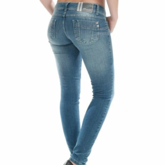 64% off Sawary Denim