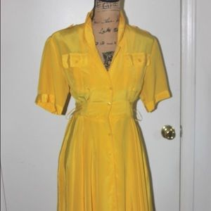 Dresses & Skirts - Vintage yellow flare dress
