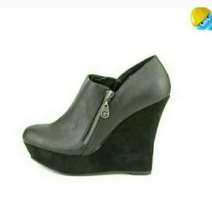 Guess Shoes - Guess Perika black suede booties