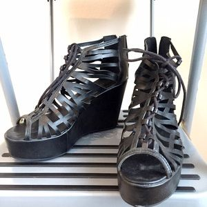 Like NEW H&M lace up black wedges