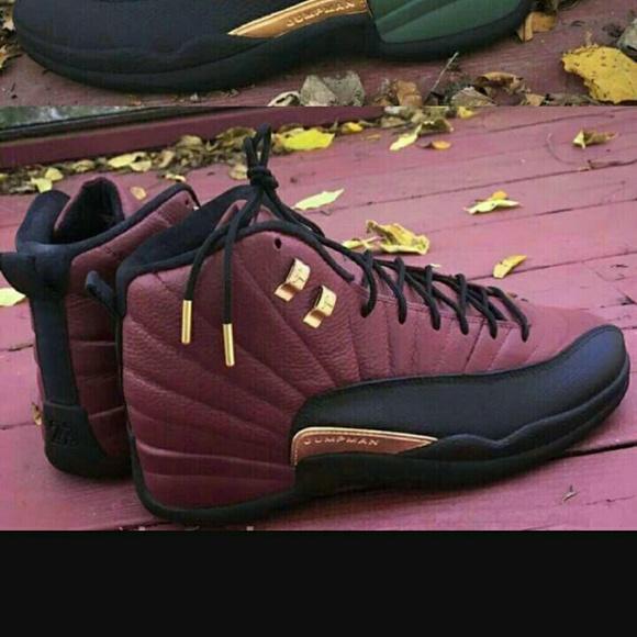 maroon jordan shoes