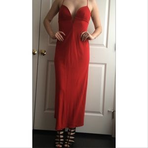 BCBG red maxi prom form gown dress v neck