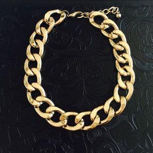 Chunky gold chain choker neckace