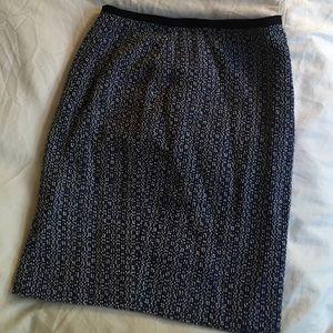 NWOT Tweed Ann Taylor navy skirt, P0