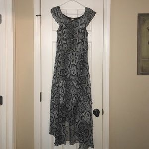 Dresses & Skirts - Gray and black snake pattern dress