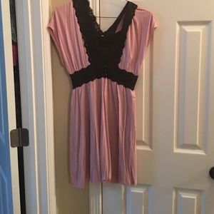 Tops - Pink and black tunic