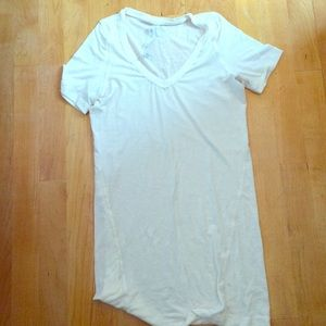 Lululemon athletic tee