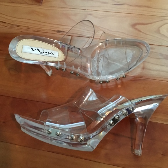 8c64e152d3f NINA New York crystal clear shoes. NWOB PROM!