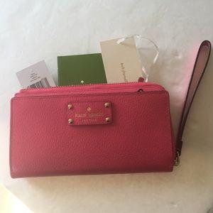 New Kate Spade Wellesley Layton wristlet wallet