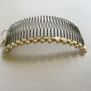 Colette Malouf Accessories - Mesh Woven Pearls Large Wire Comb