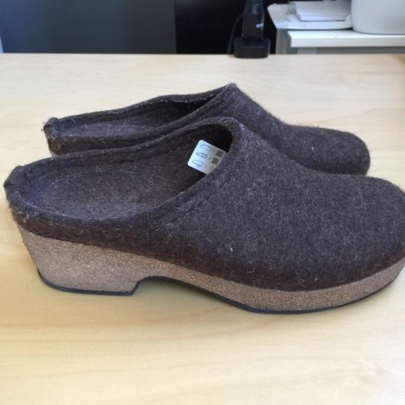 355381d0016 Haflinger Shoes - Haflinger size 37 brown boiled wool clogs