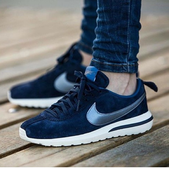 effd88a28a7f  Nike  Roshe Cortez NM PRM Suede