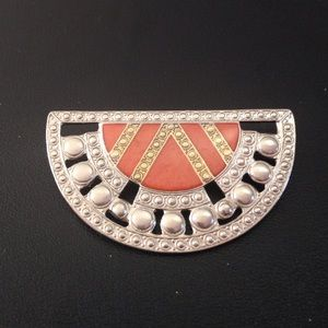 Jewelry - Art Deco style brooch silver and rose tones