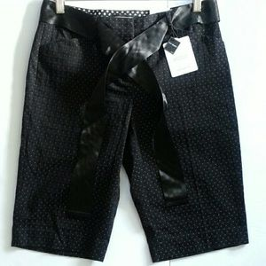 Express the editor City Short belted size 4 NWT