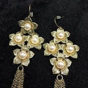 Jewelry - Chandelier Pearl Flower Gold Tone Earrings