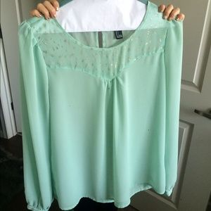 Forever 21, Aqua green size xs blouse