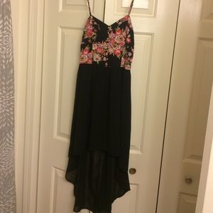 Zinga Dresses & Skirts - Floral and Black High-low Dress
