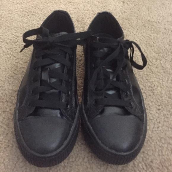d9e0af97e8ba Black Tredsafe Slip Resistant Restaurant Shoes. M 570af8ef41b4e0af23014c82