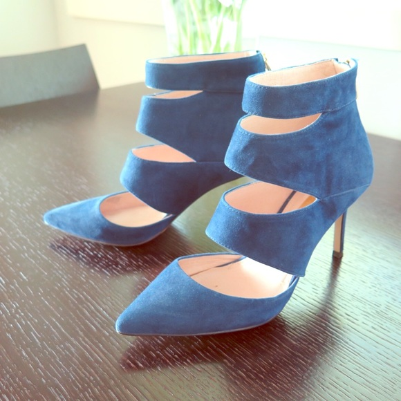 Louise et Cie Shoes - Louise et Cie Sarmienta Pump in Navy Suede