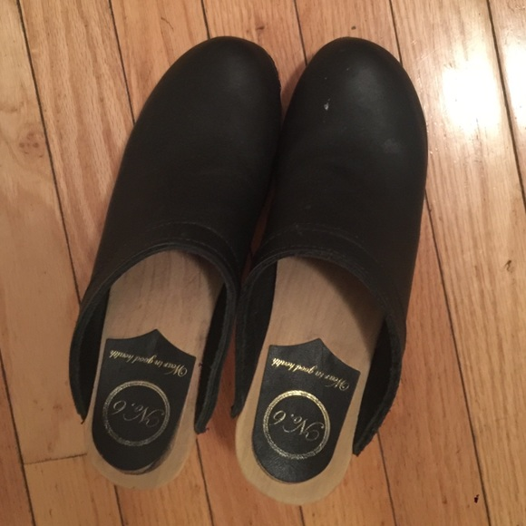 Shoes | No 6 Classic Black Clogs | Poshmark