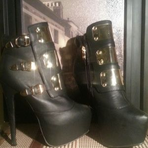 Liliana Shoes - Lilliana booties,great for autumn