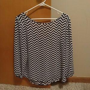 Chevron long sleeved top