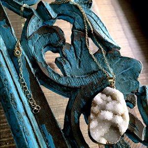 Jewelry - NWT white quartz stone chakra necklace