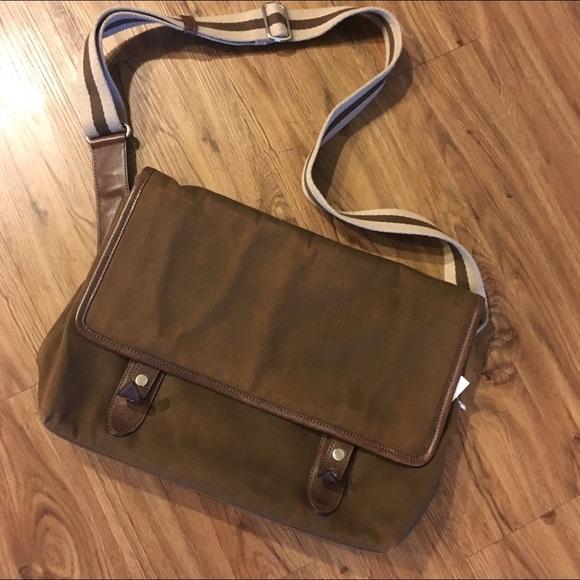 Banana Republic Handbags - Banana Republic canvas and leather messenger bag 23d2ec4ecd
