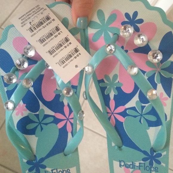 f4a88cc22aaa Pedicure sandals