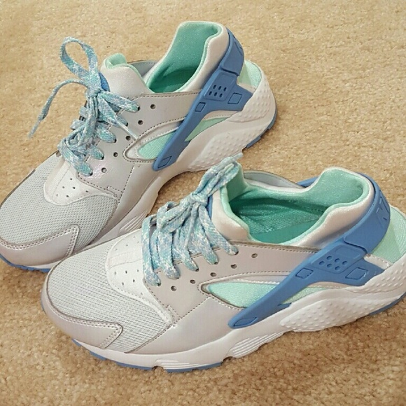 new arrival f3c06 b751e Ebay Sell this week, Nike Huarache Sneakers, Women